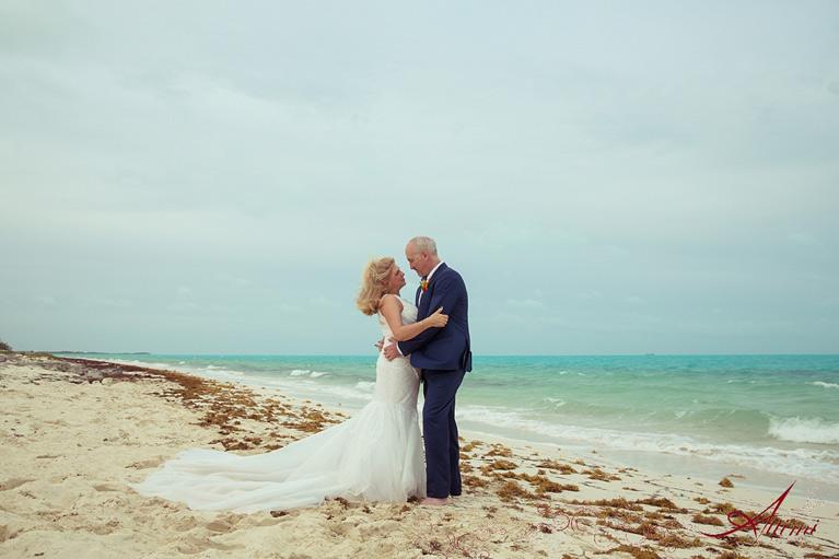 Wedding - Triton Luxury Villa (Turks and Caicos)