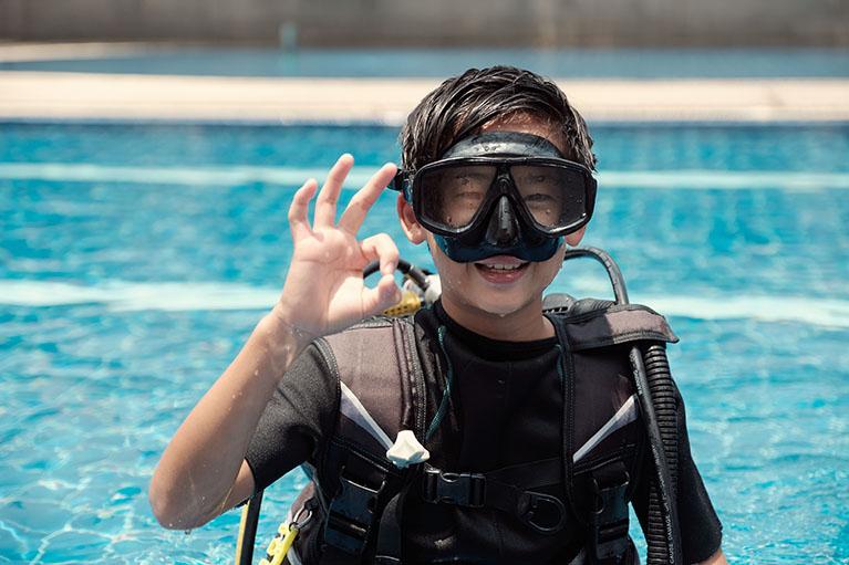 Triton scuba diving 4.1